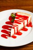 cheesecake with strawberry sauce