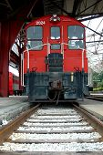 picture of caboose  - Old red caboose - JPG