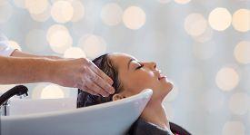 image of latin people  - beauty salon - JPG