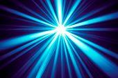 blaue Disco Strahlen