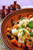 Moroccan vegetables: carrot and cauliflower