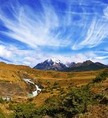 picture of horseshoe  - The national park Torres del Paine - JPG