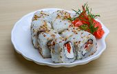 picture of masago  - California roll  - JPG