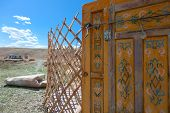 picture of yurt  - installation of traditional Mongolian dwelling  - JPG