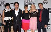 LOS ANGELES - AUG 16:  ZOOEY DESCHANEL, PAUL RUDD, RASHIDA JONES, ELIZABETH BANKS & JES arrives to the