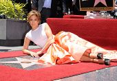LOS ANGELES - JUN 19:  Jennifer Lopez arrives to the Walk of Fame Honors Jennifer Lopez  on June 19,