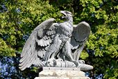 Escultura de águia