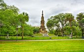 pic of revolutionary war  - A monument to the Revolutionary war General Pulaski in Savannah Geogia - JPG