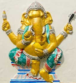 stock photo of avatar  - God of success 20 of 32 posture - JPG