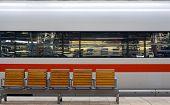 Speedtrain In Station