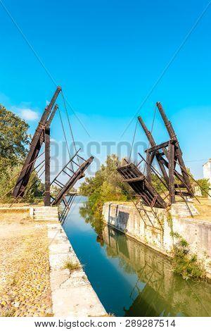 Vincent van Gogh bridge near