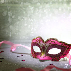 foto of venice carnival  - Pink carnival mask with glittering background - JPG