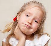 Child has a sore throat. Angina