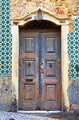 porta de madeira em Portugal
