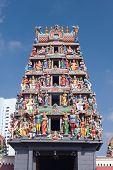 Sri Mariamman Hindu Temple, Chinatown - Singapore