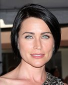 LOS ANGELES - AUG 23:  Rena Sofer at the Bold and Beautiful Fan Meet and Greet at the Farmers Market on August 23, 2013 in Los Angeles, CA