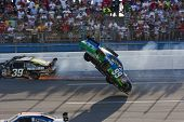 Carl Edwards Crash Nascar Sprint Cup Series Aarons 499 Apr 26