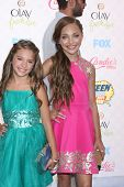 LOS ANGELES - AUG 10:  Mackenzie Zielger, Maddie Ziegler at the 2014 Teen Choice Awards at Shrine Au