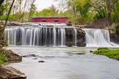 pic of cataracts  - The historic Cataract Covered Bridge crosses Indiana - JPG